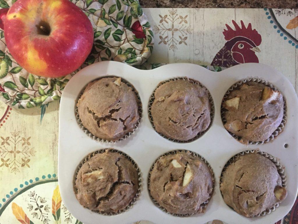 apple cinnamon corn muffins